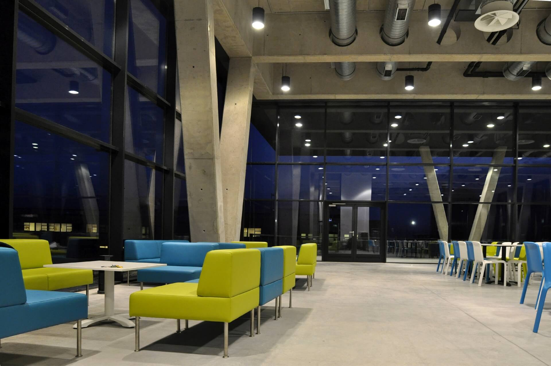 Korda Filmpark Látogatóközpont belső tere